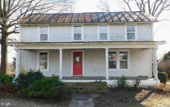306 E COLONIAL HIGHWAY, HAMILTON, VA 20158