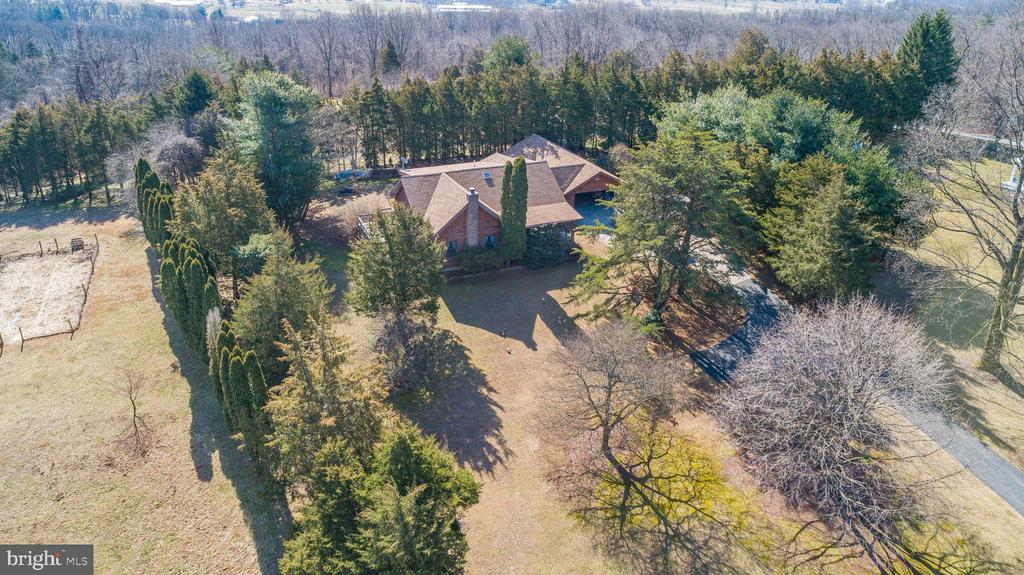 5138 Sweitzer Road, Mohnton, PA 19540