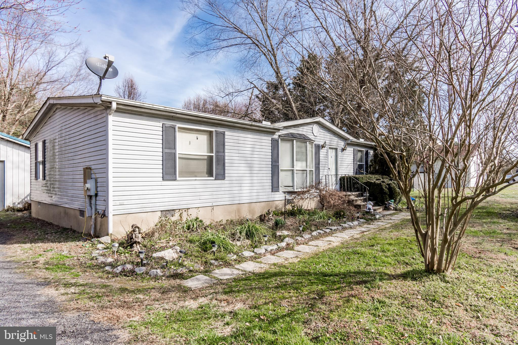 Come and see this bright and spacious 3 bed, 2 bath Class C on .70 acres! This property offers a great yard, shed, large garage, privacy, and country life, at a great price!  Make your appointment to see it today!