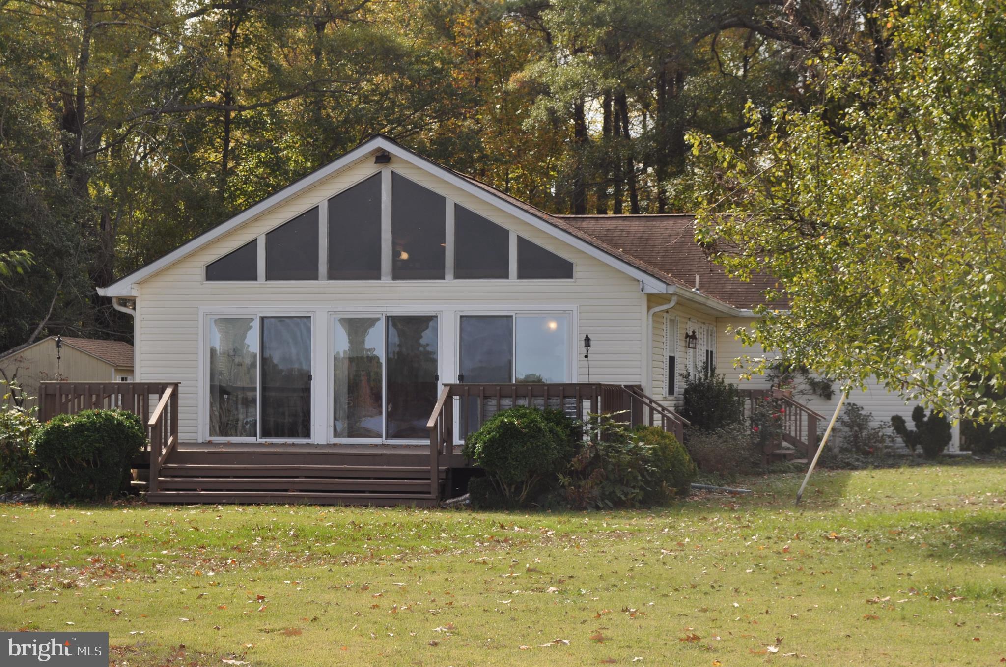 1285 Federal Farm Road, Montross, VA 22520