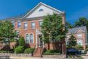 1866 Amberwood Manor Ct
