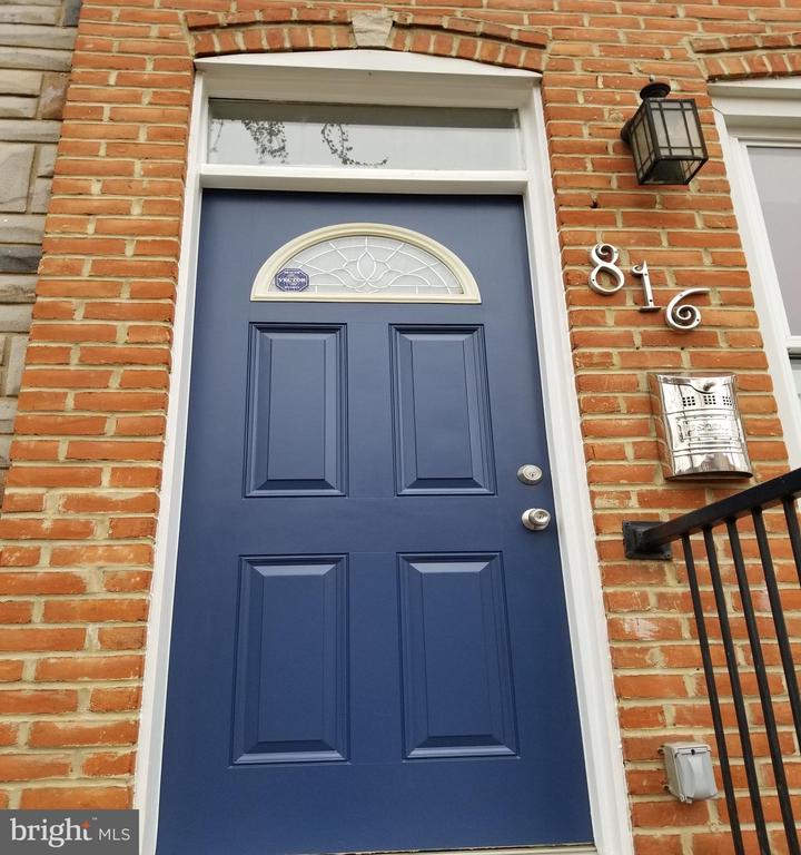 816 MILTON AVENUE, BALTIMORE, Maryland 21224, 3 Bedrooms Bedrooms, ,2 BathroomsBathrooms,Residential,For Sale,MILTON,MDBA488360
