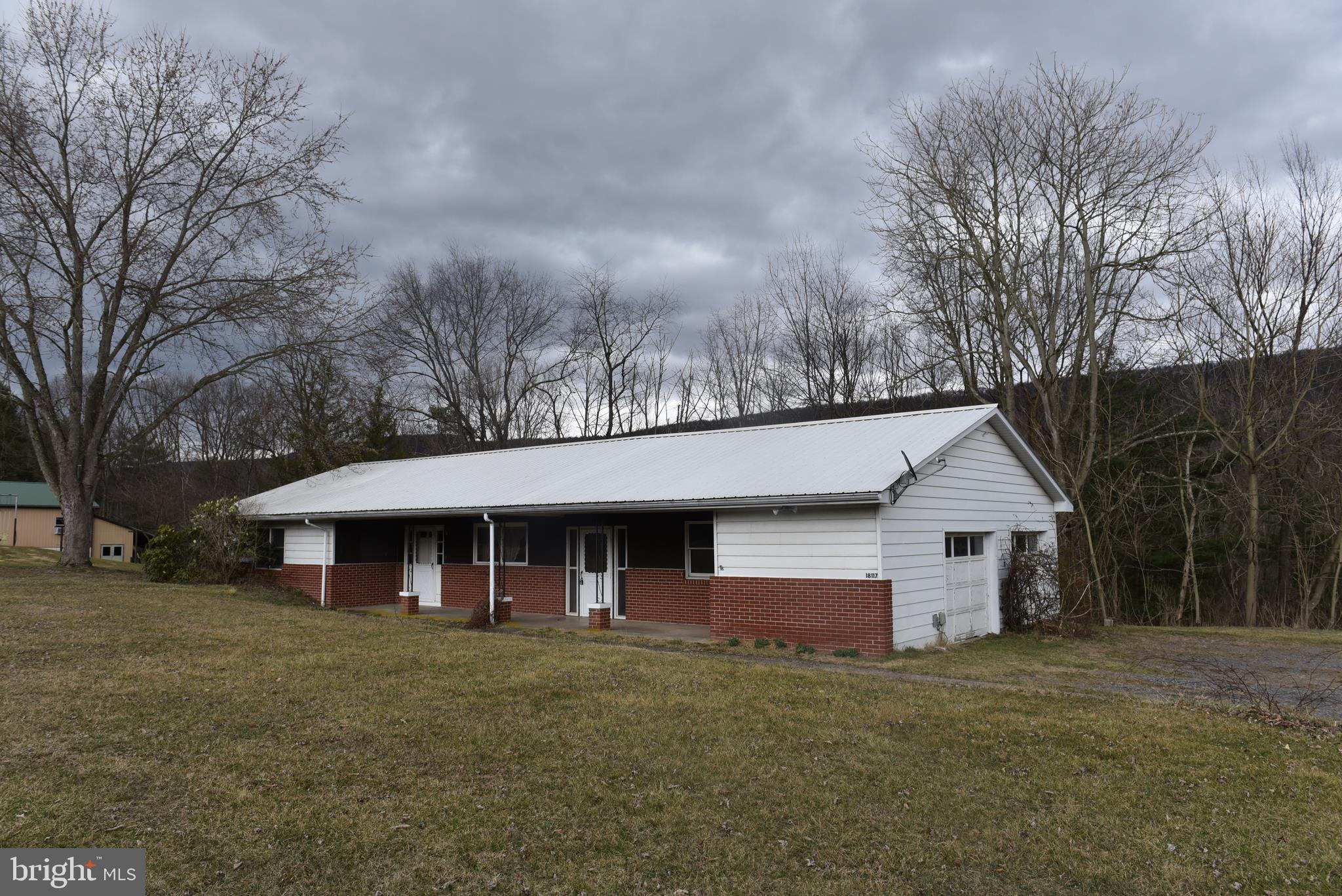18117 HARES VALLEY ROAD, MAPLETON DEPOT, PA 17052