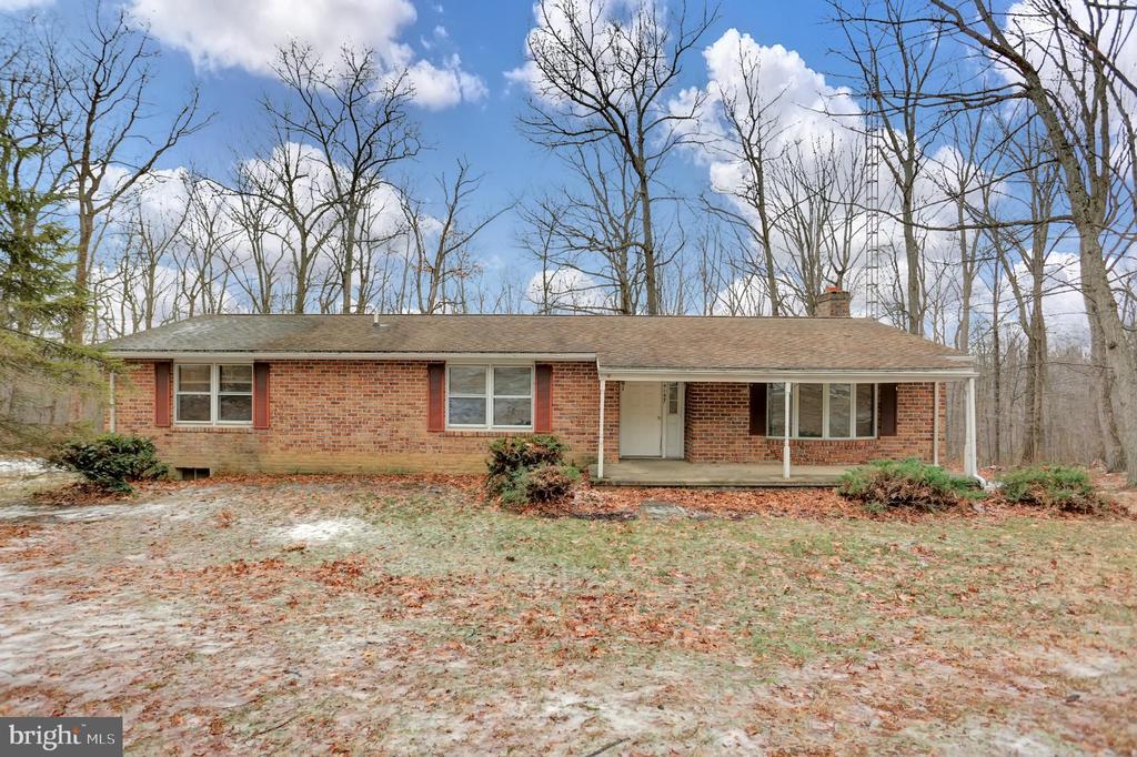 14197 Blue Mountain Road, Waynesboro, PA 17268