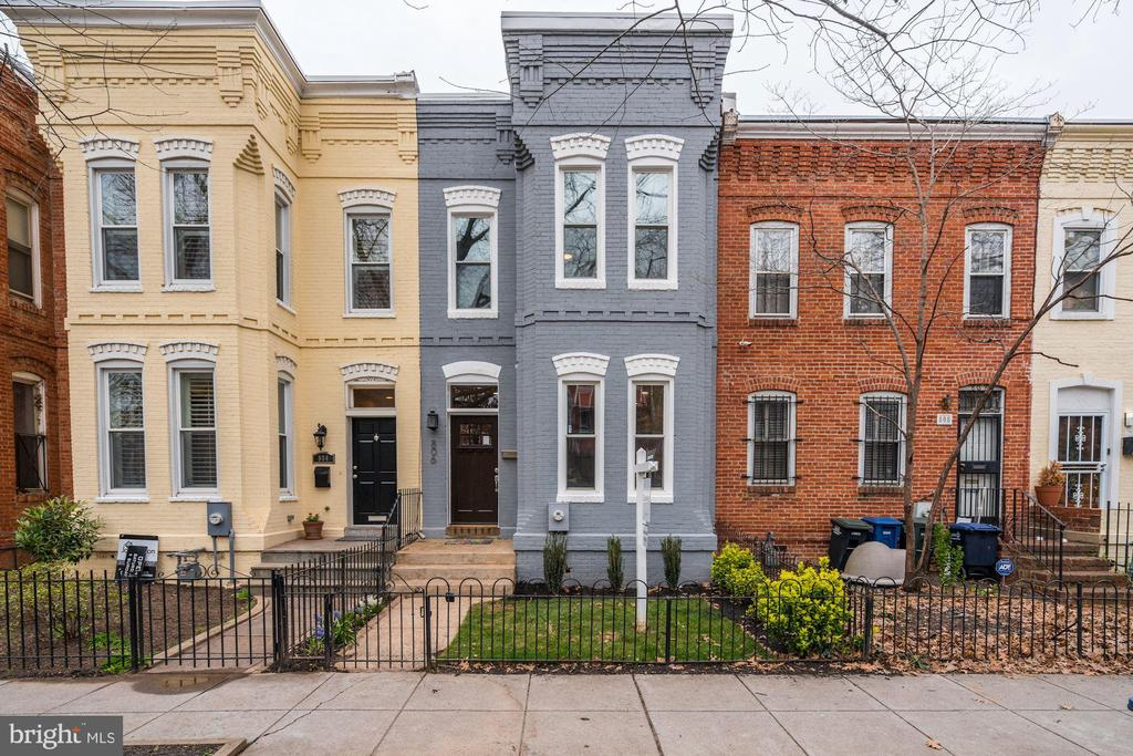 --Offer deadline Tuesday, March 17th, at 3pm---One- of- a- kind spacious brick townhouse in the coveted H Street Corridor! This newly renovated home is incredibly spacious featuring 3 bedrooms, 2.5 bathrooms, and two levels of living space. Entertain in elegance throughout the first floor in a large living room, formal dining room, and back yard. Live in luxury with features including hardwood flooring, high ceilings, and crown molding. This home offers a timeless aesthetic with exposed brick throughout.Fresh renovations include a new roof and HVAC systems. Commuting is made easy with parking included in the rear. Wood fence in the back yard offers privacy for entertaining outdoors, and iron fencing enhances the front yard. You can't beat this location! Within steps to H Street, and easy access to Union Station &Capitol Hill! Additional proximity to Union Market, Whole Foods, Trader Joe's, and the exciting future Amazon grocery store!