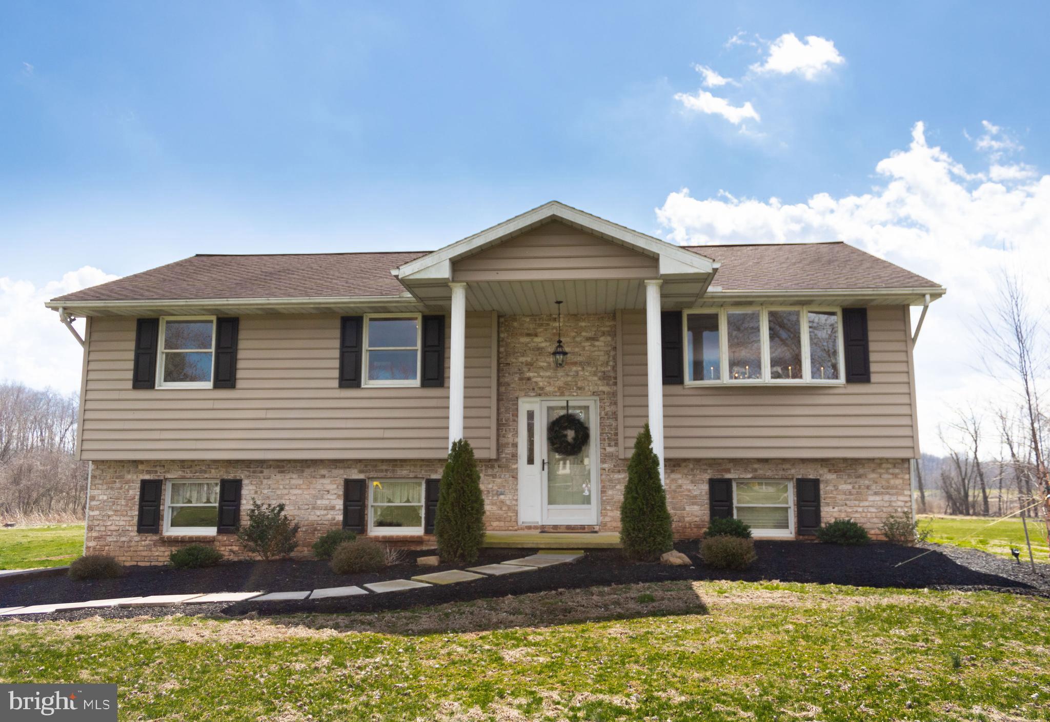 1496 Stonemill Drive, Elizabethtown, PA 17022