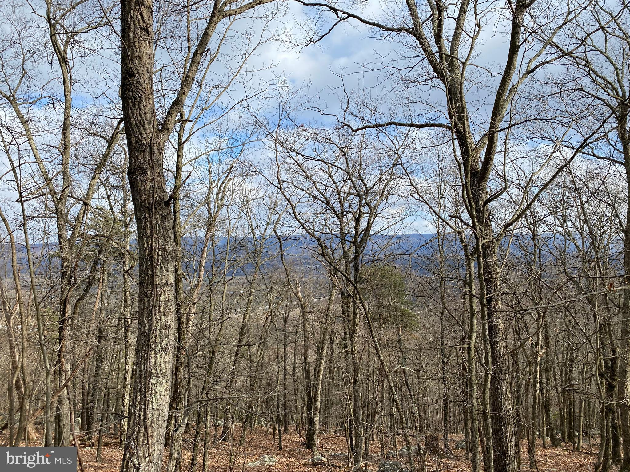 5100 Hutter Road, Fisher, WV 26818