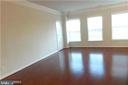 3025 Rittenhouse Cir #83