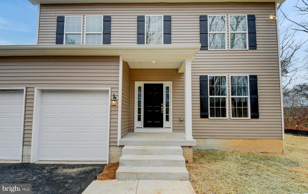 Construction complete  mid-March 2020.   4 bedrooms, 3.5 baths with a 2 car garage & Finished Lower Level.  Fantastic features include:  Hardwood 1st floor, Gas Fireplace,  Designer Kitchen with Stainless Appliances, Quartz Tops & Under-Cabinet Lighting, Rheem Hot Water Heater, Ceiling Fans in the FR & all Bedrooms, Recessed Lighting Package & more!  Floor plans available to view online.  Call Showing Contact for more info. DOM includes time before construction period........