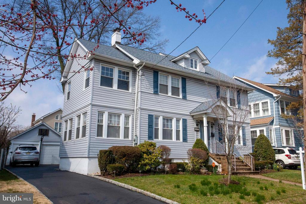 166 Summit Road, Elizabeth, NJ 07208