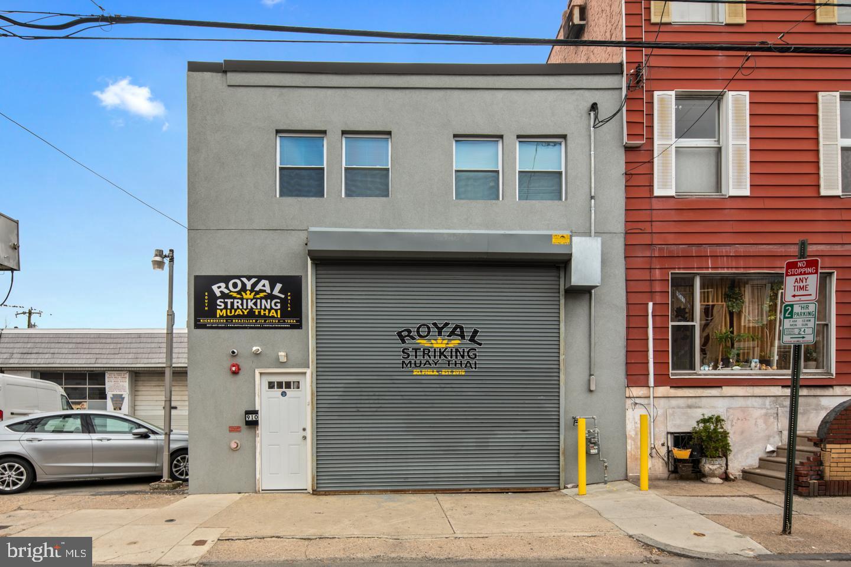 910 McKean Street UNIT 2ND FLR FRONT Philadelphia, PA 19148