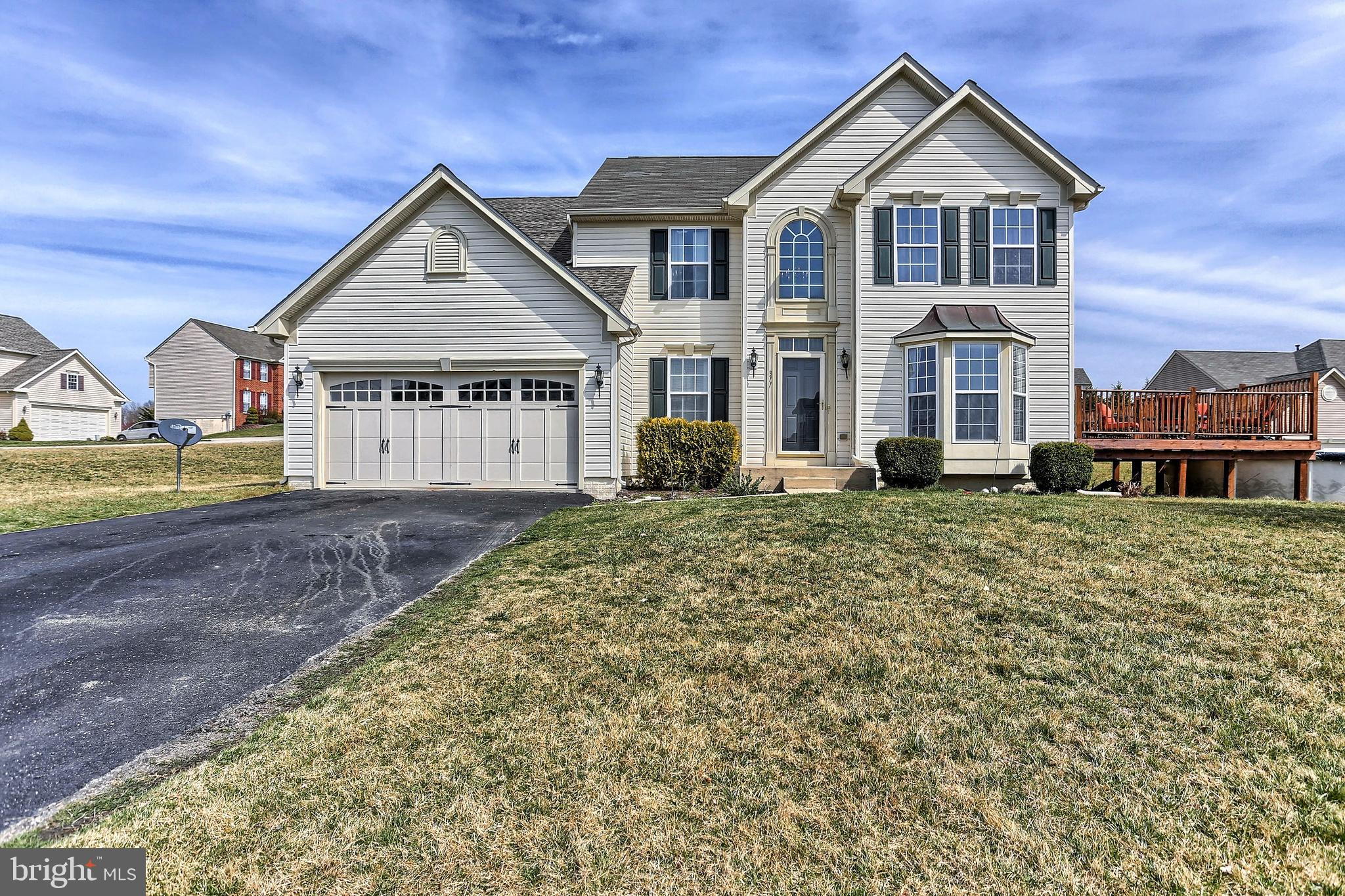 311 COURTNEY COURT, SPRING GROVE, PA 17362
