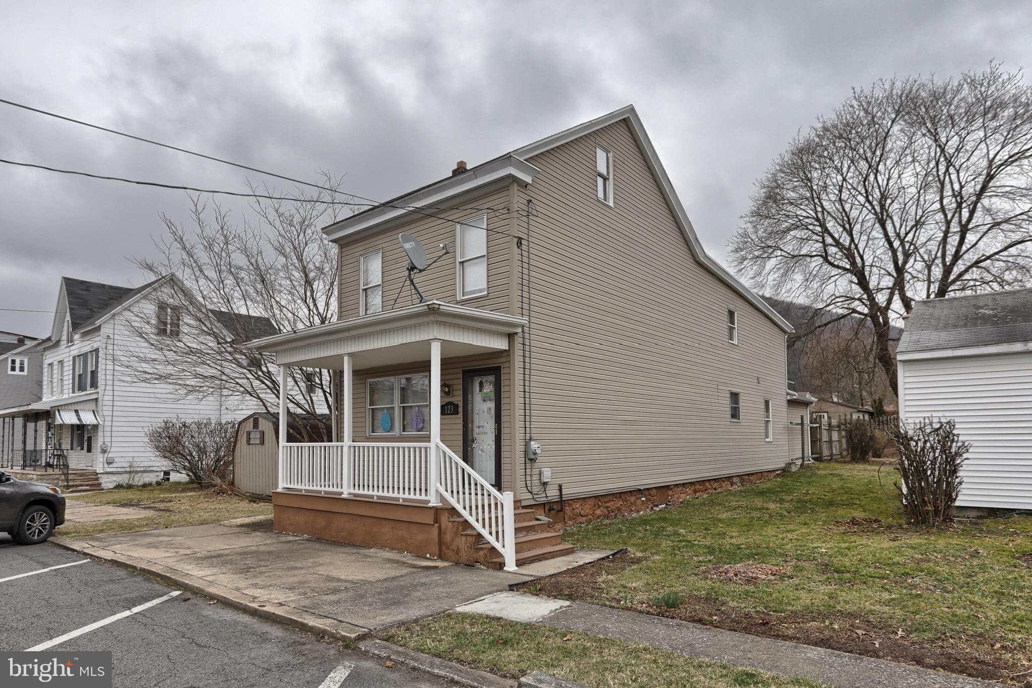 123 W BIDDLE STREET, GORDON, PA 17936