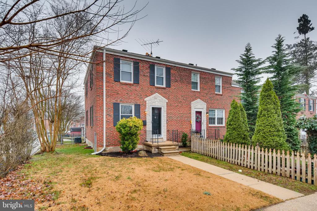 8551 OAK ROAD, PARKVILLE, BALTIMORE Maryland 21234, 3 Bedrooms Bedrooms, ,1 BathroomBathrooms,Residential,For Sale,OAK,MDBC489348