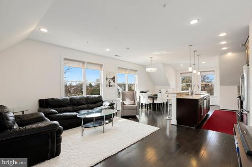 1107 S Walter Reed Dr #304
