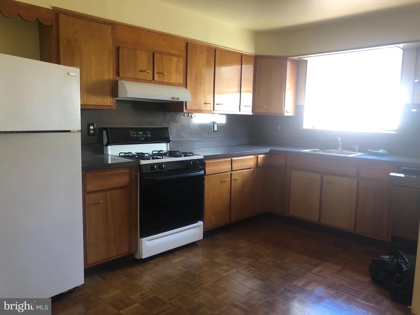 761 S 9th Street UNIT 3 Philadelphia, PA 19147