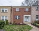 4541 King Edward Ct