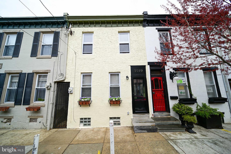 2219 Pemberton Street Philadelphia, PA 19146