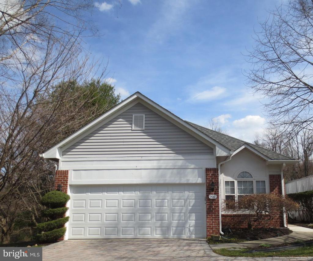 9917 MIDDLE MILL DRIVE, OWINGS MILLS, Maryland 21117, 3 Bedrooms Bedrooms, ,3 BathroomsBathrooms,Residential,For Sale,Weston Condominiums,MIDDLE MILL,MDBC488672