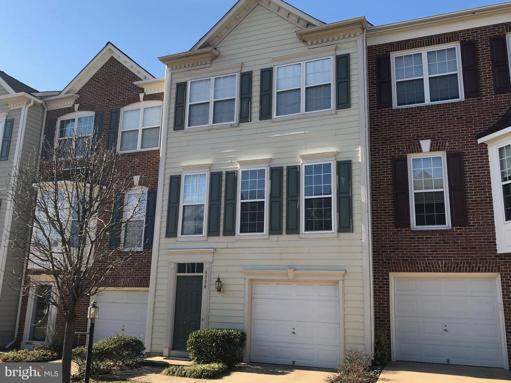 6334 Walking Ln, Alexandria, VA 22312