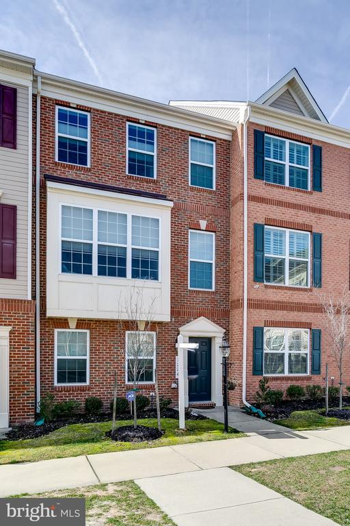 7224 BRINLEY WAY, HANOVER, Maryland 21076, 3 Bedrooms Bedrooms, 3 Rooms Rooms,2 BathroomsBathrooms,Residential,For Sale,Oxford Square,BRINLEY,1,MDHW276576
