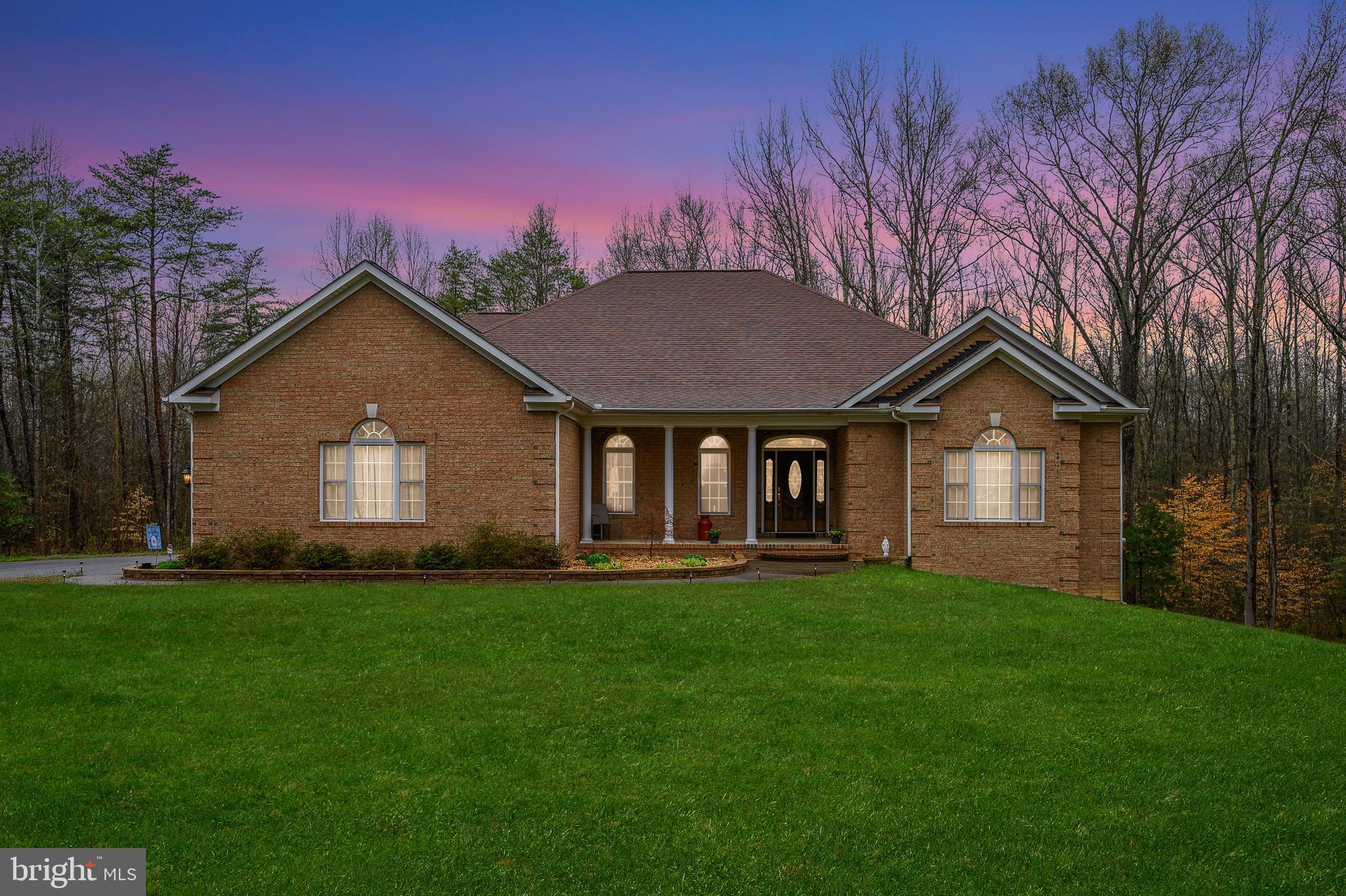 2531 Wheatland Woods Drive, Fredericksburg, VA 22408