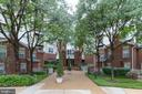 1625 International Dr #319