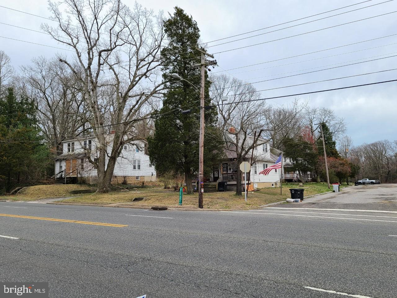 2434 S WHITE HORSE PIKE, LINDENWOLD, NJ 08021