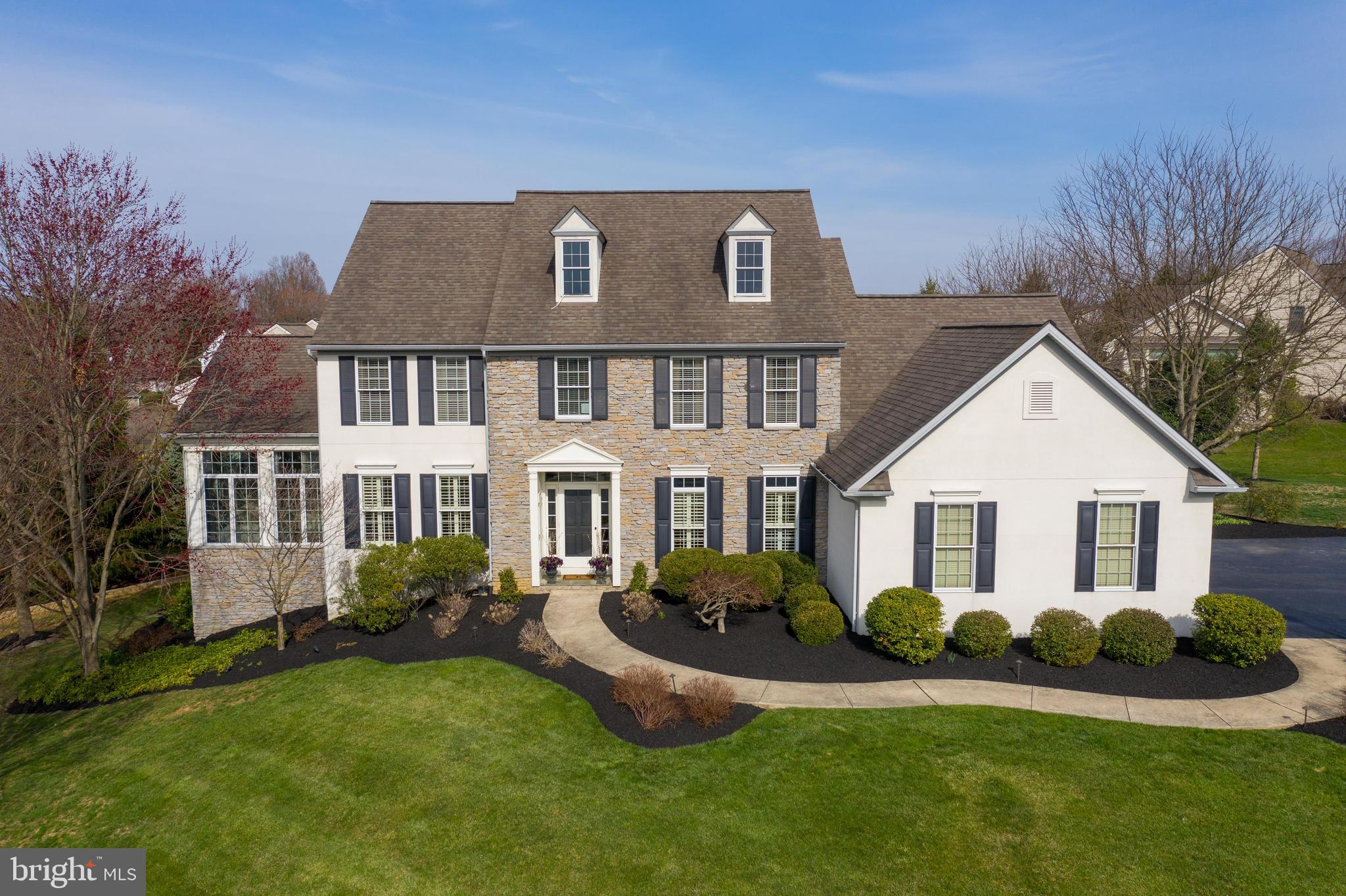 2147 MEADOW RIDGE DRIVE, LANCASTER, PA 17601