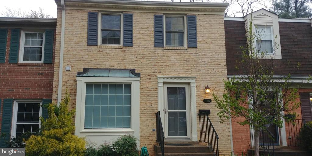 7302 ROCKFORD DRIVE, FALLS CHURCH, Virginia 22043, 3 Bedrooms Bedrooms, ,3 BathroomsBathrooms,Residential,For Sale,ROCKFORD,2,VAFX1119964