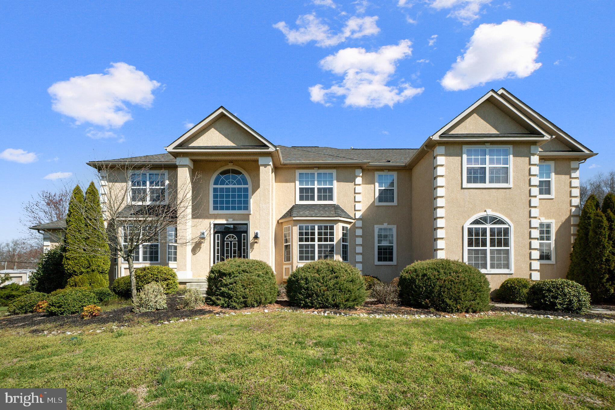 101 Willow Oaks Ln, Mullica Hill, NJ, 08062