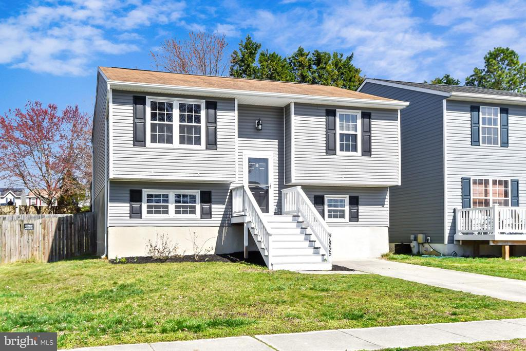 7855 KINGS BENCH PLACE, PASADENA, Maryland 21122, 4 Bedrooms Bedrooms, ,2 BathroomsBathrooms,Residential,For Sale,KINGS BENCH,MDAA429940