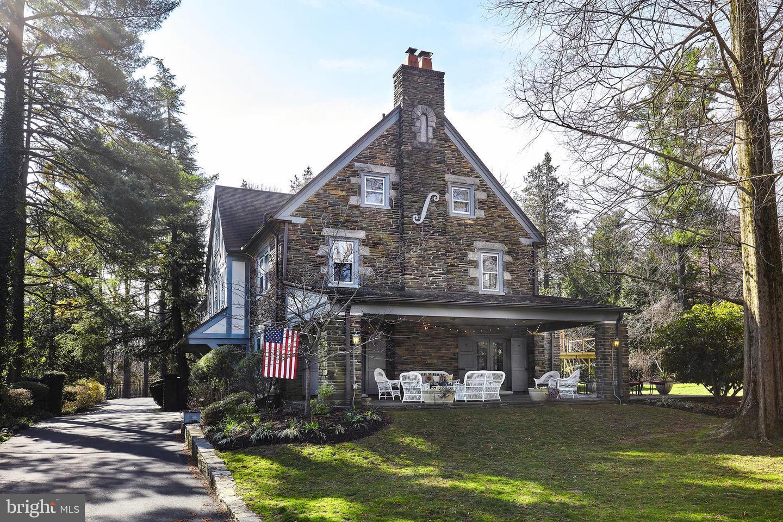 422 Sabine Avenue Wynnewood, PA 19096
