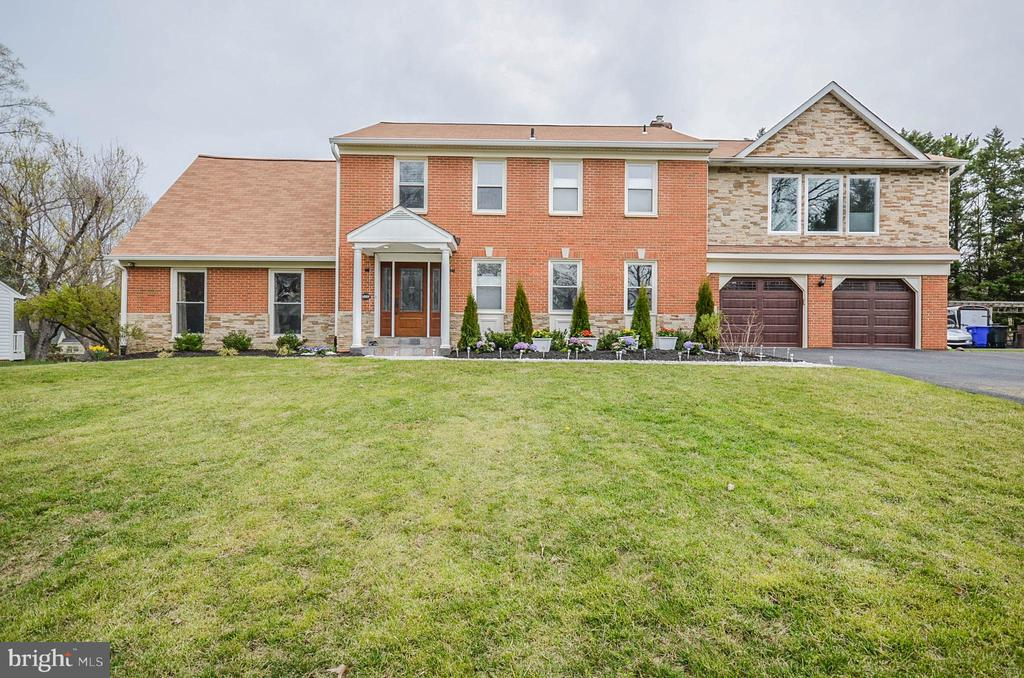 14909 EMORY LANE, ROCKVILLE, Maryland 20853, 5 Bedrooms Bedrooms, ,3 BathroomsBathrooms,Residential,For Sale,EMORY,MDMC701710