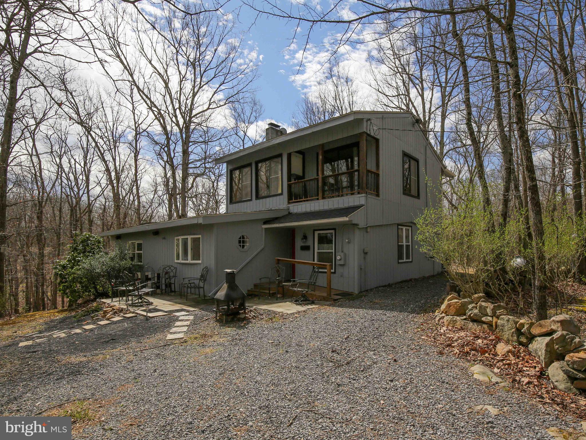 414 Warden Hollow West, Wardensville, WV 26851