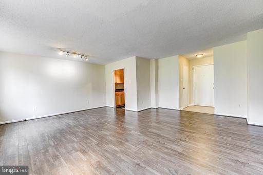1730 Arlington Blvd #406