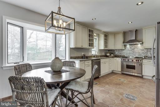 1225 Old Stable Rd, McLean 22102