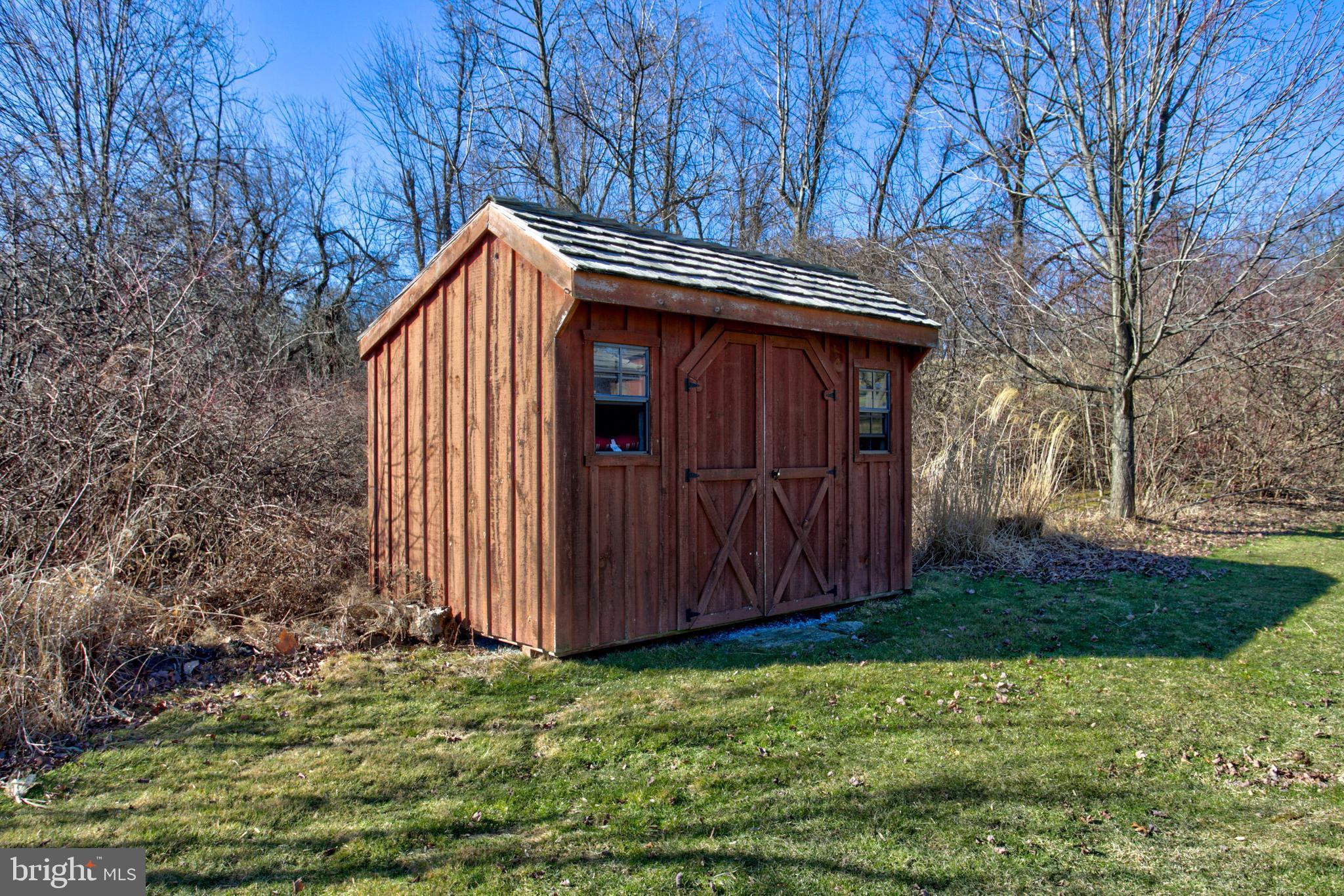 Pond Storage - Shed