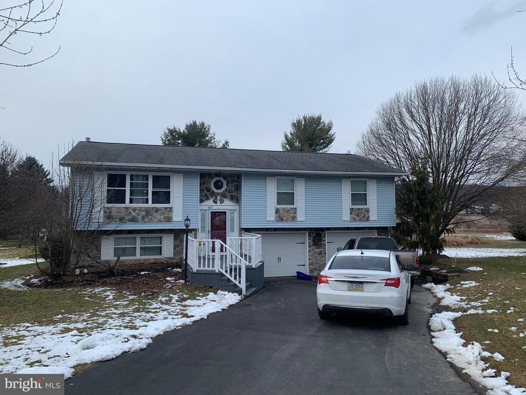 1425 Estate Drive, Boalsburg, PA 16827