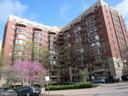 2400 Clarendon Blvd #506