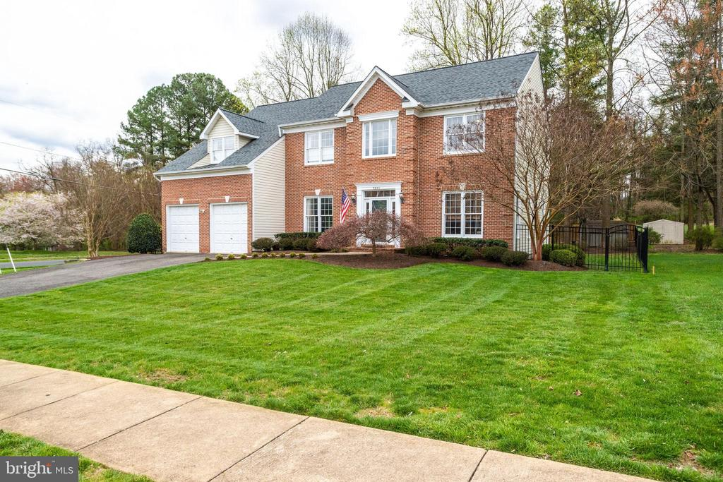 9801  JOHN ROBERT WAY, Fairfax, Virginia