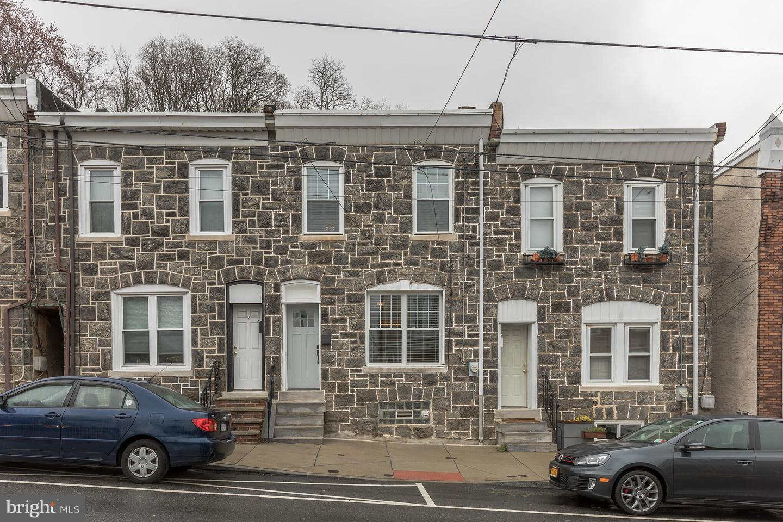 3875 Manayunk Avenue Philadelphia, PA 19128