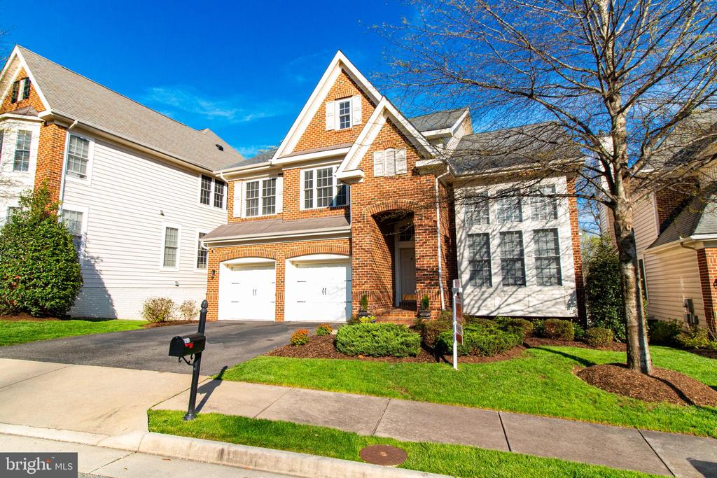 7676  OAK FIELD COURT, West Springfield, Virginia