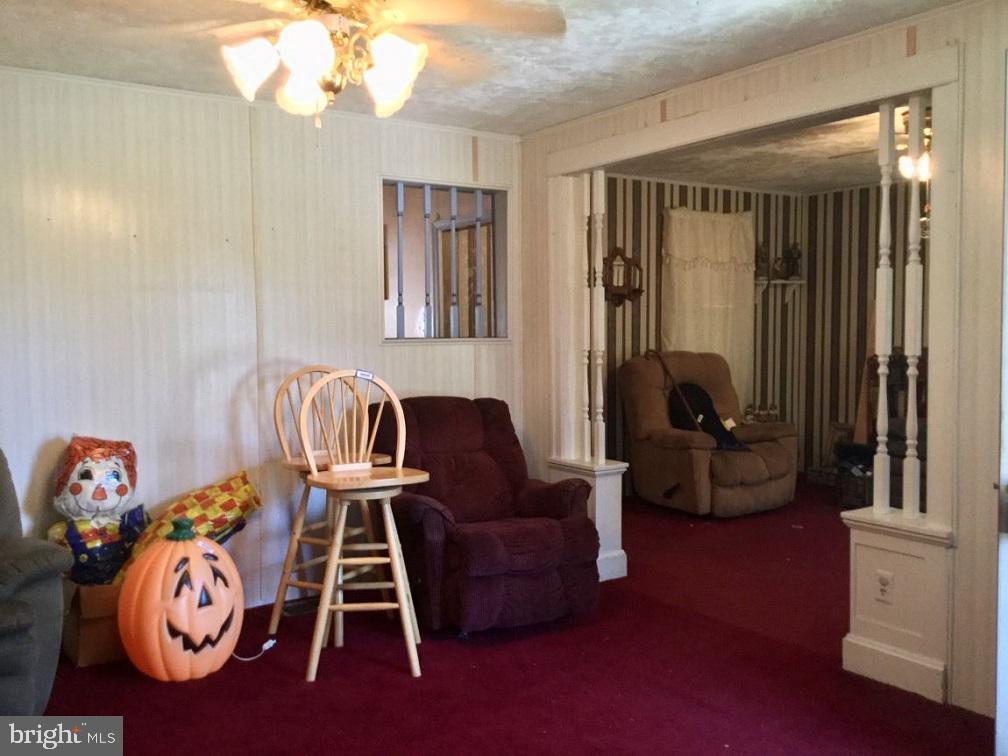 918 SALEM AVENUE, HAGERSTOWN, Maryland 21740, 3 Bedrooms Bedrooms, ,1 BathroomBathrooms,Residential,For Sale,SALEM,MDWA171518