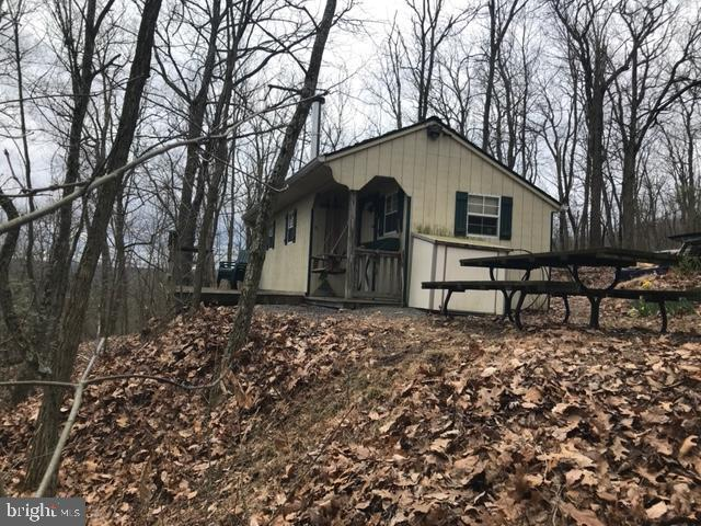 000 South Side Drive, Newville, PA 17241