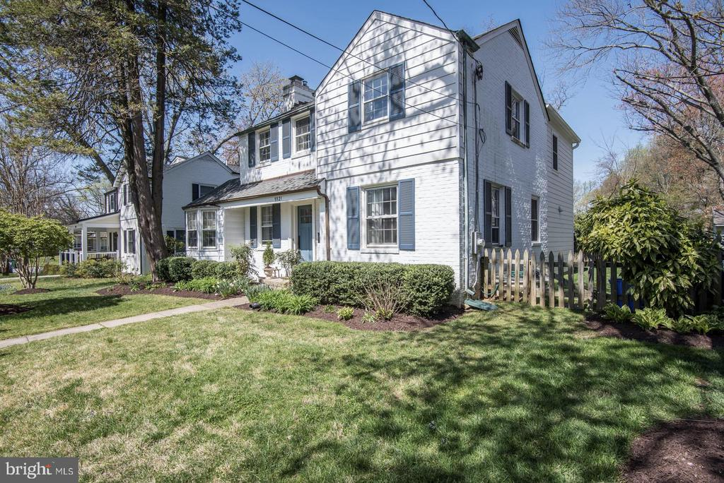 A sensational two-story addition, added in 2016, graces this classic center entry colonial.  Now 4BR/3.5BA total-2772 SQ. FT. OF LIVING SPACE,  with a gorgeous spacious master suite and a master bath the equal of homes priced hundreds of thousands of $$$ higher!  A gorgeous, open FR w/fireplace leads to the gourmet Kitchen with Carrara marble countertops, stainless steel appliances, a center island with seating for three AND a pleasing table space breakfast room overlooking the private rear yard.  There's a first floor den, a 1st floor powder room,  and pantry and a finished lower level with another full bath too.  Building the addition today could easily be north of 450K, the home is in exceptional condition with a gorgeous flat backyard as well.  WHITMAN/PYLE/BRADLEY HILLS.  I mean, this offering is a wow.  Floor plans are embedded in the MLS lisitng photos as well. A Mattterport 3D virtual tour is in MLS as well.  A VERY DETAILED FACT SHEET IS ATTACHED IN DOCUMENTS.