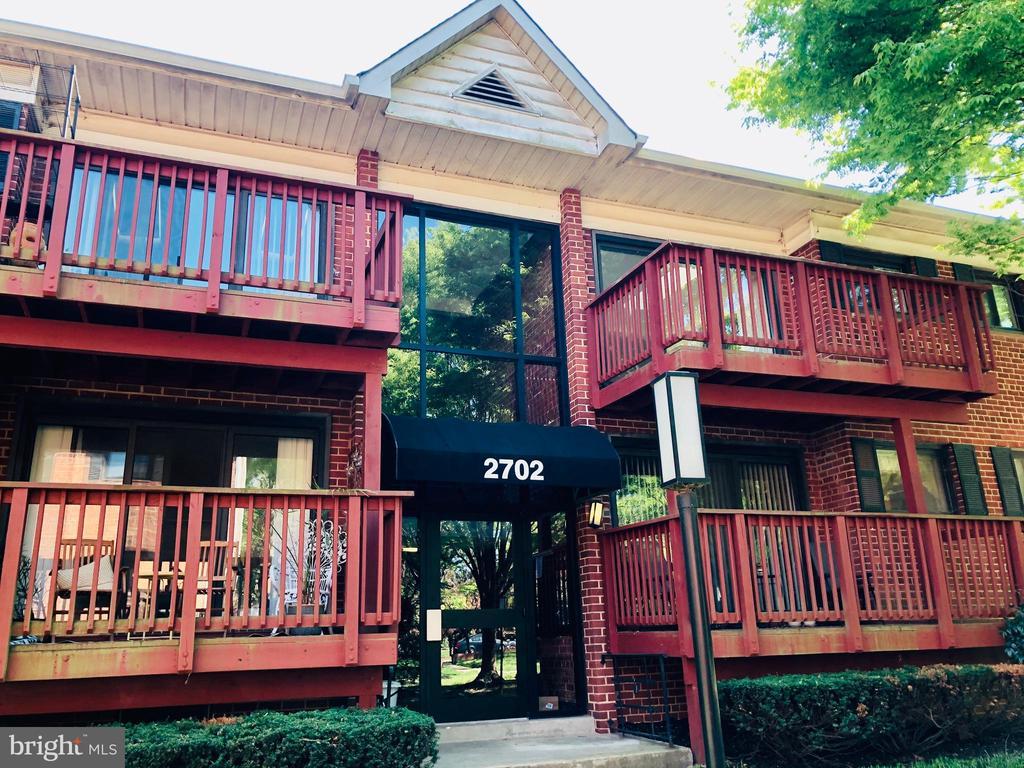 2702 Dartmouth Rd #10