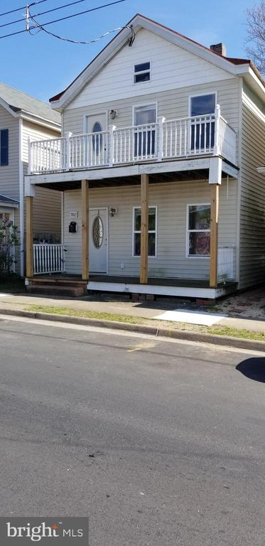 3 BLOCKS TO VRE. WALKING DISTANCE TO UNIVERSITY AND DOWN- TOWN HISTORIC FREDERICKSBURG  Parks, restaurant. HAS HAD GOOD RENTAL INCOME FOR 9 YEARS. 3 BEDROOMS 2 FULL BATHS. 2  REAR Decks, storage building AND and 2 front porches. SOLD AS IS . Electric and hvac was upgraded in 2005 Contingent on final short sale approval by all parties.