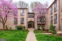 2032 Royal Fern Ct #21a