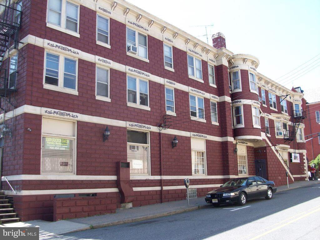 435 S Main St, Phillipsburg, NJ 08865